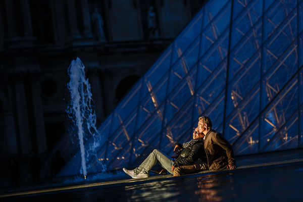 Engagementshooting in Paris - Louvre